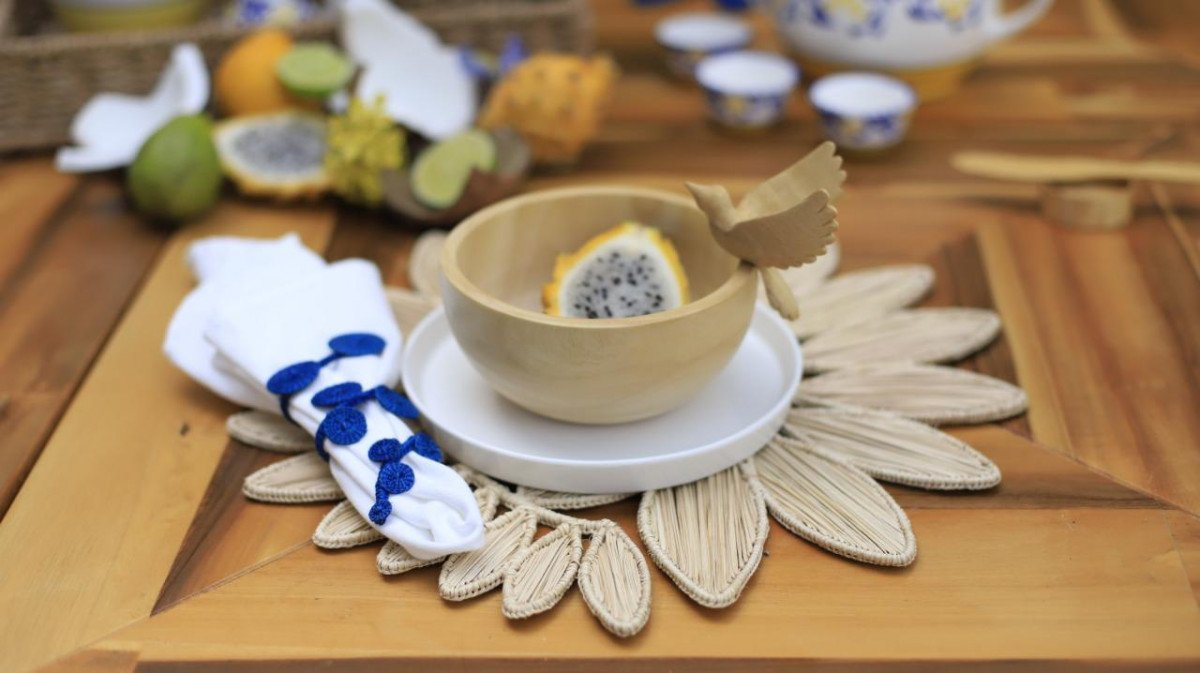 Why Woven Placemats and Napkin Rings Are the Perfect Artisan Touches
