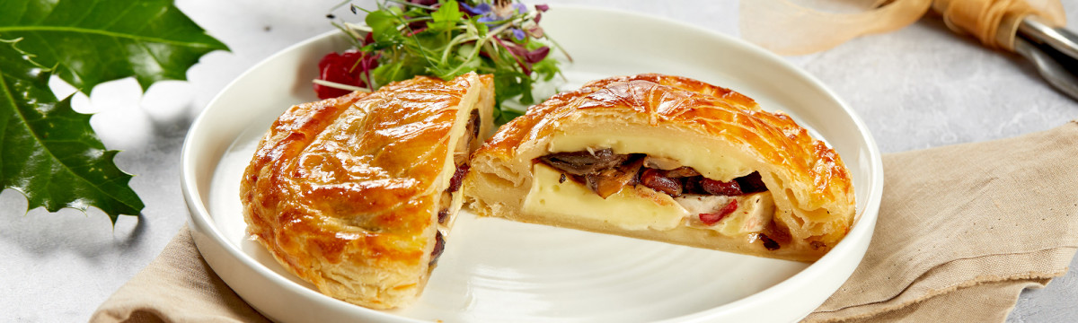 Cranberry, mushroom and brie pithivier