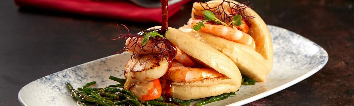 Prawn and scallop bao bun