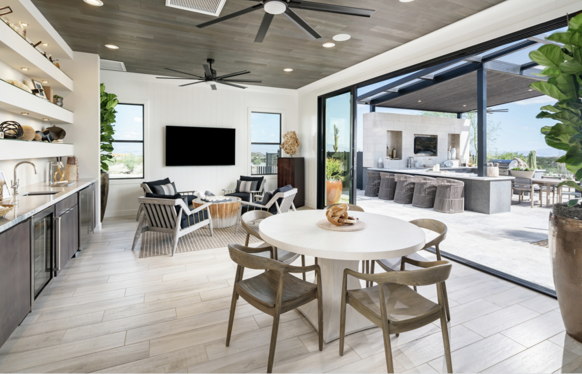 Indoor/ Outdoor Living Guide
