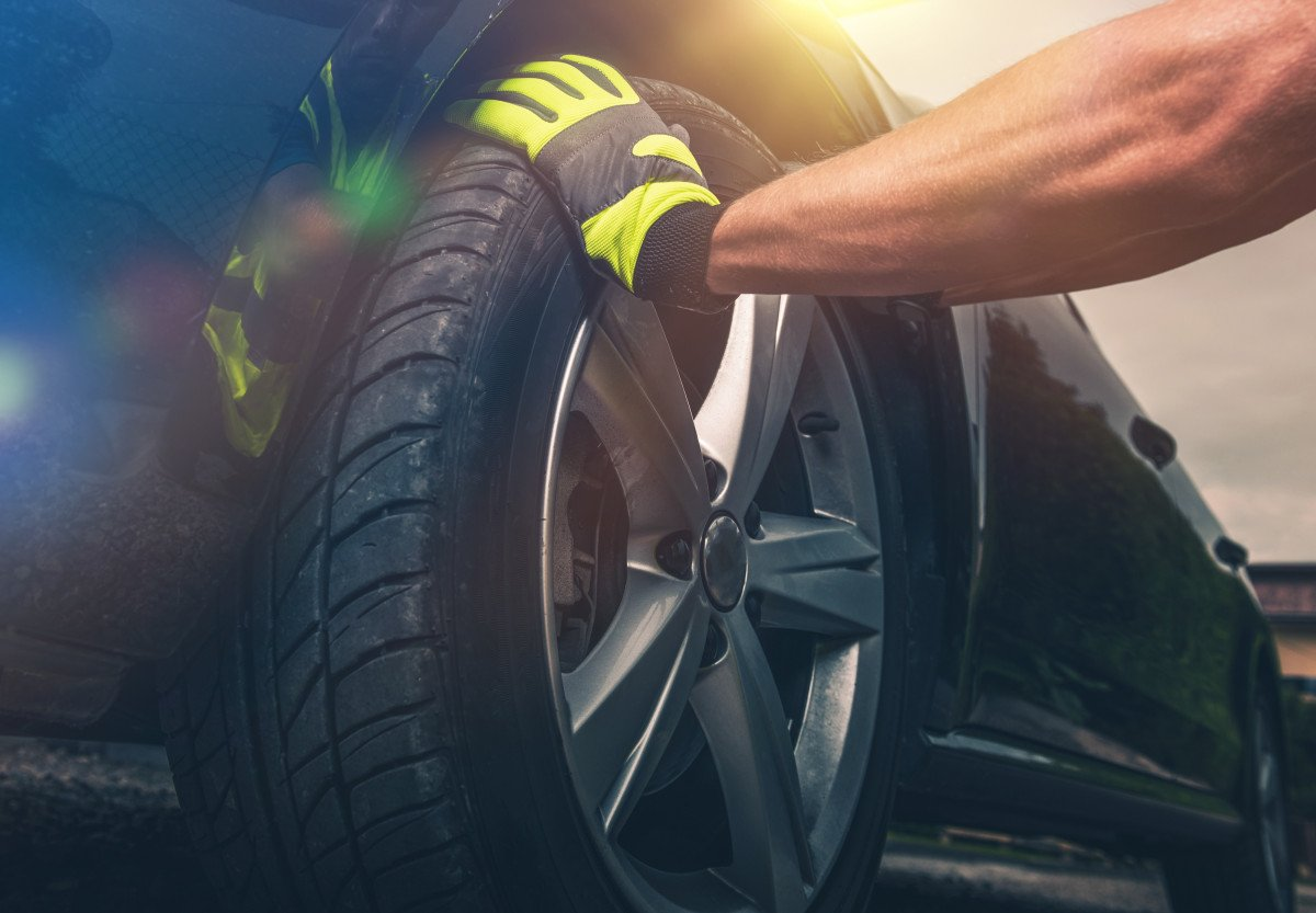 7 Tire Brands You Need To Avoid For Your Vehicle
