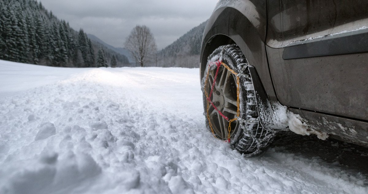 Does My Vehicle Need Snow Tires?