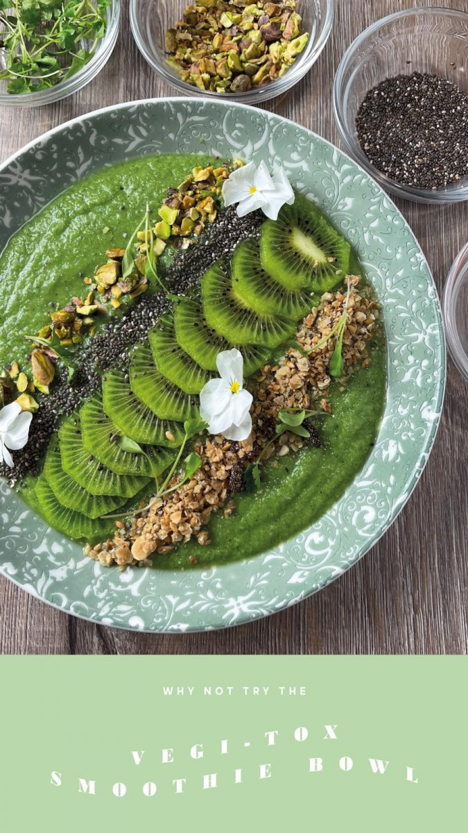 All About Greens Smoothie Bowl