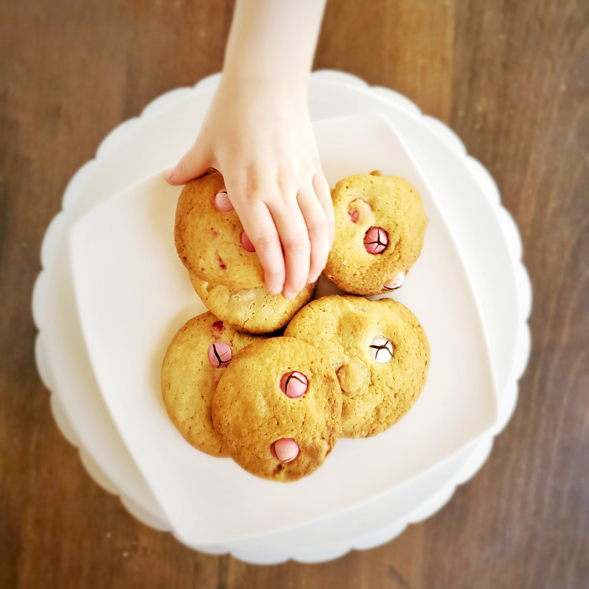 Baking with kids? Tips to keep you happy, read on!!