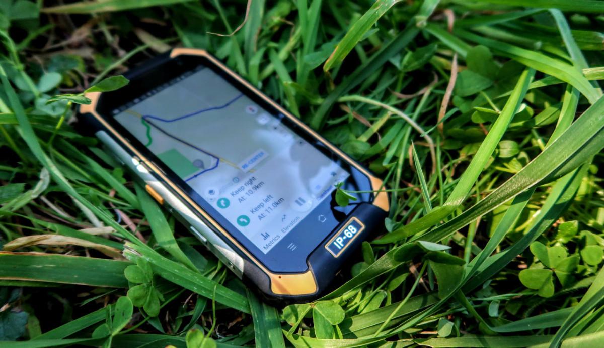Rugged smartphone buyers guide - IP68 Smartphone