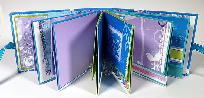 Make a U-Hinge Album for your favorite Li'l Sprout.