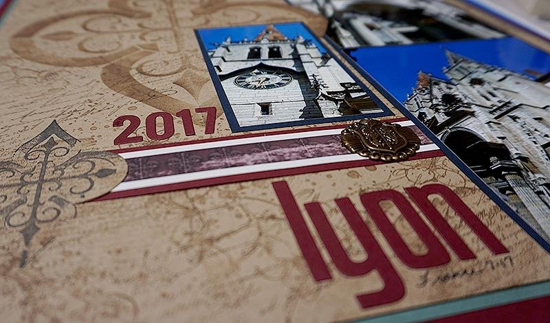 Ivy League Stencil Medallion and Stamps - Page Tutorial