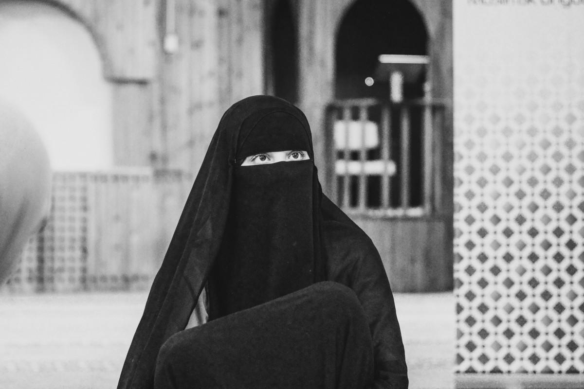 Être une femme en Afghanistan sous le régime des talibans