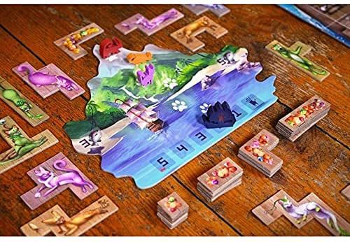 The Isle of Cats game cards and pieces