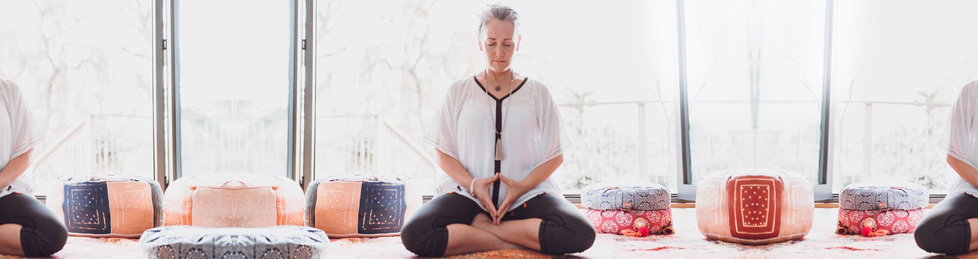 Meglio Online Yoga Class for Beginners - Free Video Course