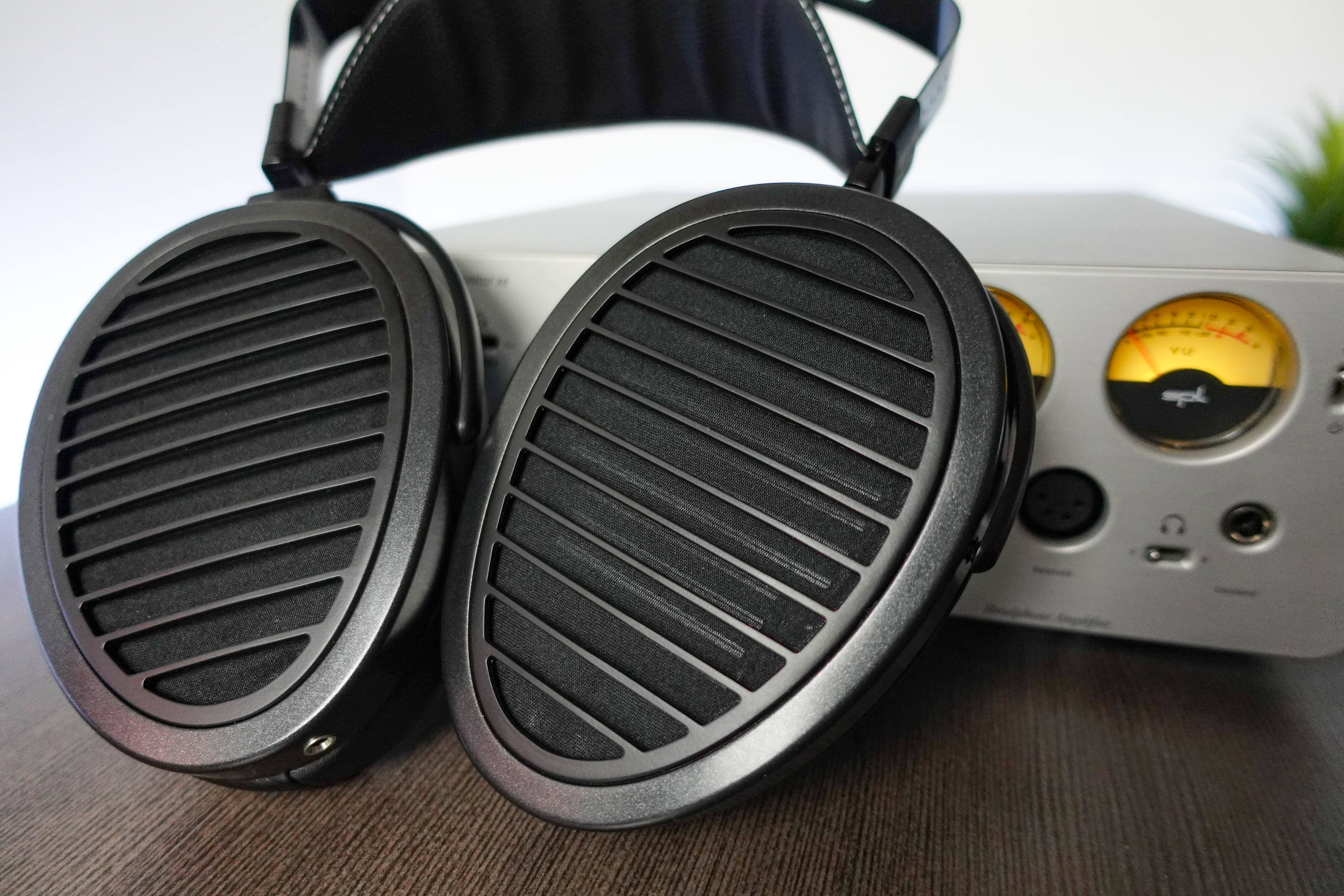 HiFiMAN Arya Review - Benchmark Planar Magnetic Headphones