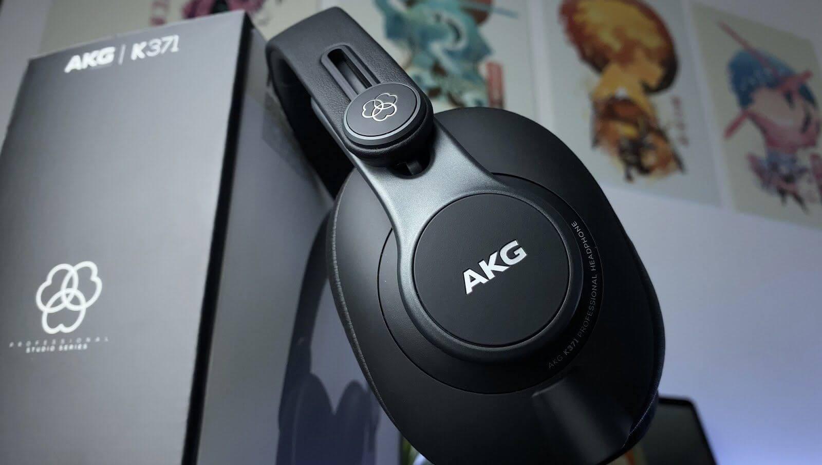 AKG K371 Review - Closed-back Benchmark Headphone