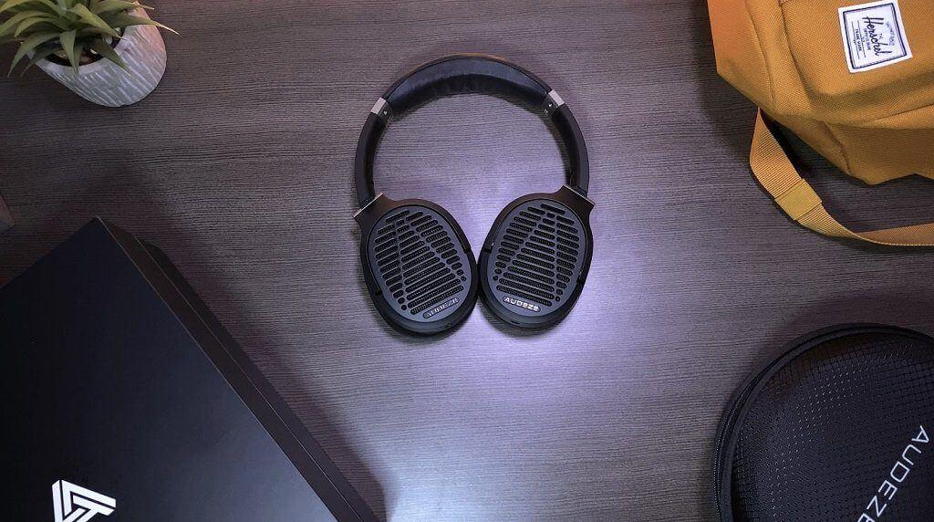 Audeze LCD-1 Review - lightweight planar headphones with heavyweight performance
