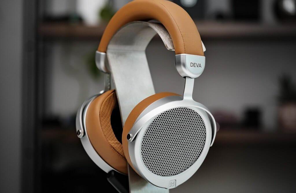 HiFiMAN Deva Wireless Planar Headphone - How does it compare to the Sundara?