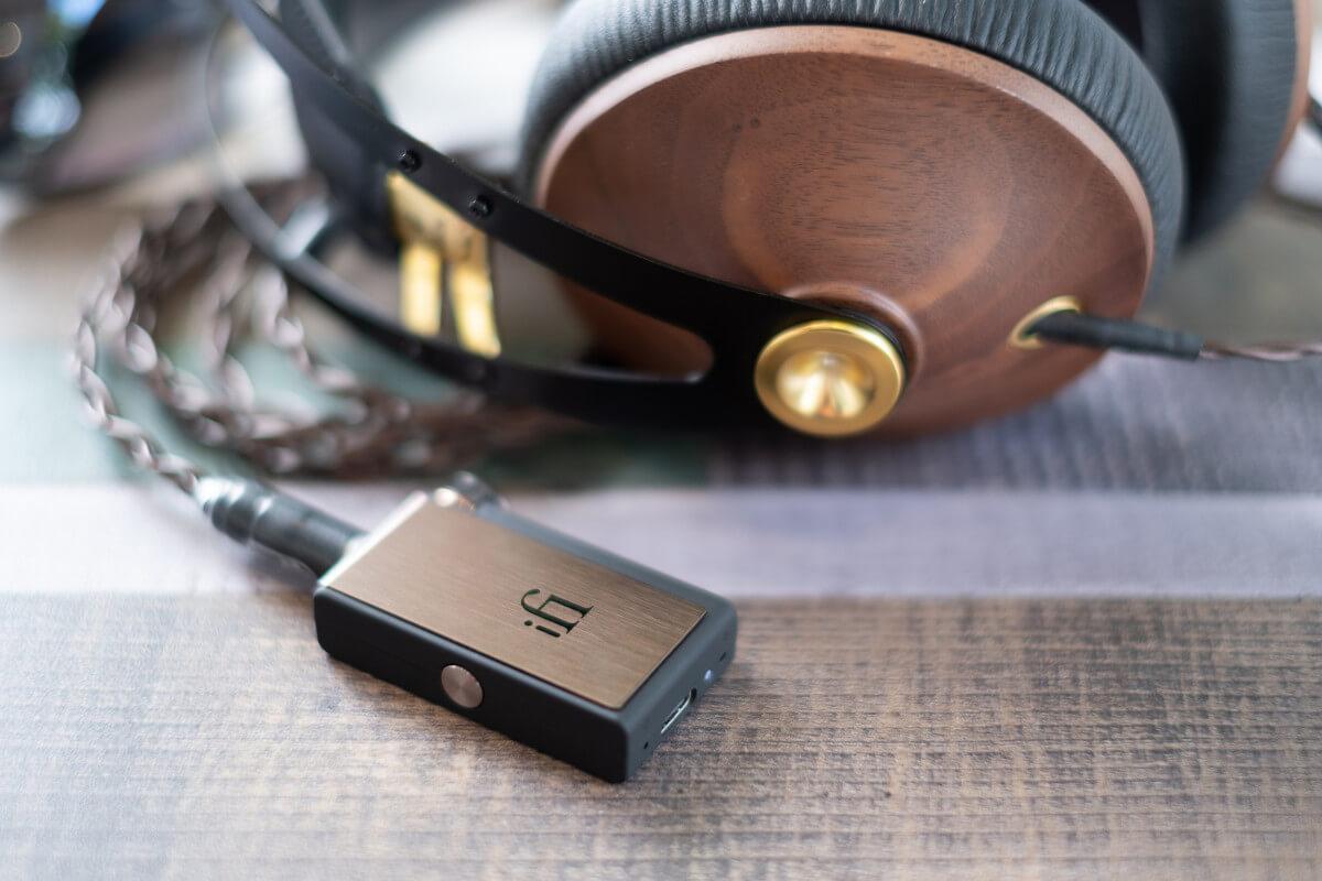 iFi Audio GO Blu & Meze 99 Classics