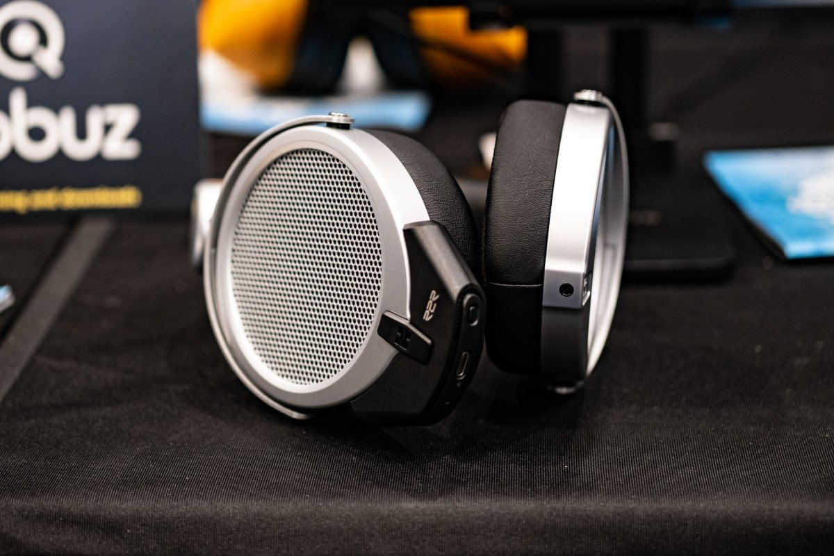 HiFiMAN Deva Pro | Headphones.com