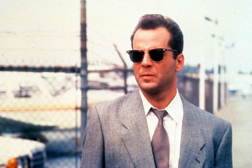 Bruce Willis wearing Wayfarers in Moonlighting