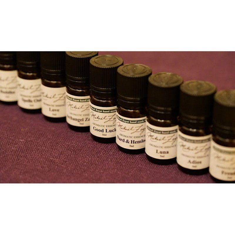 精油のブレンドを成功させるコツ【相性や香りの強さ、揮発性を確認しよう】