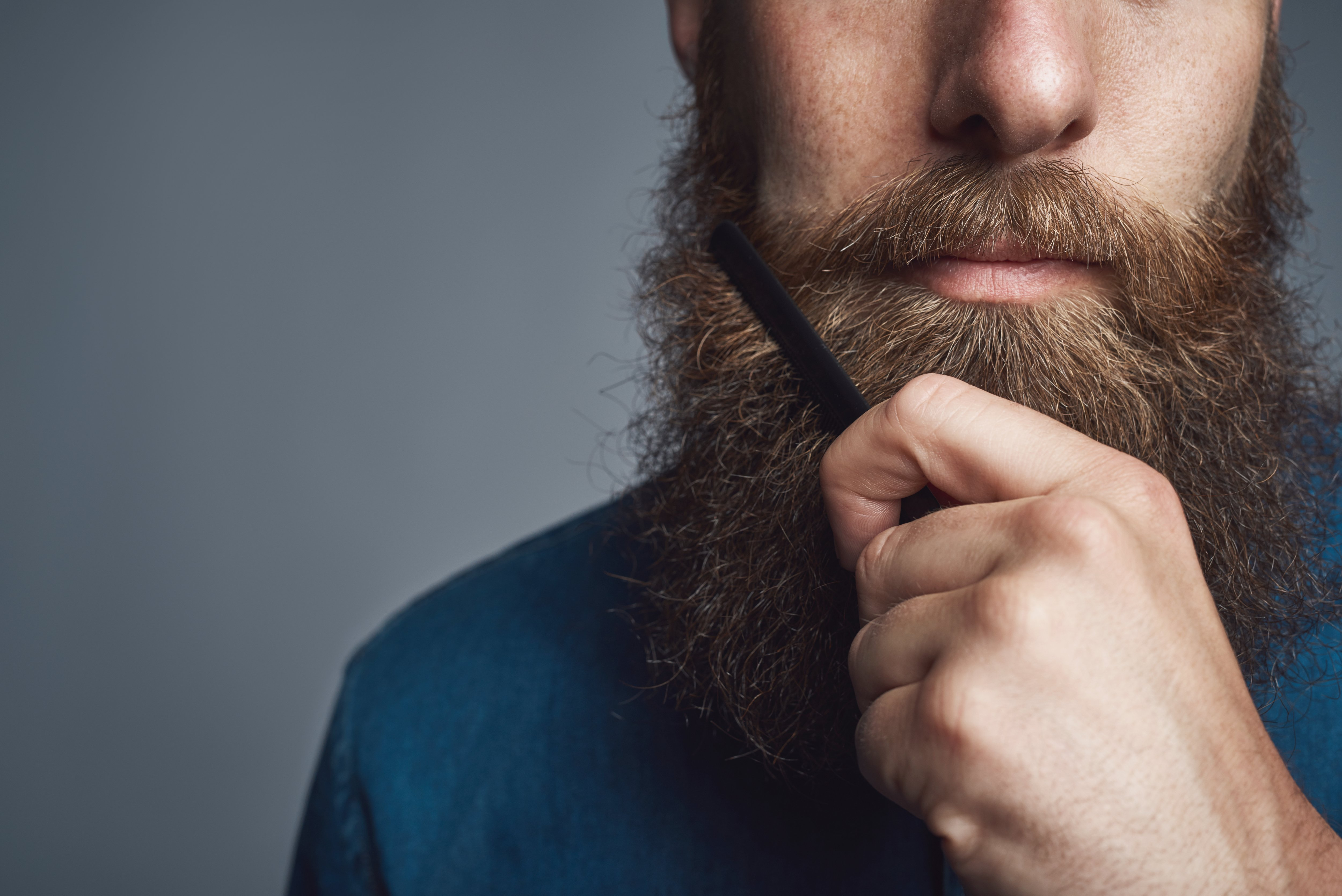 Does Using a Beard Comb Actually Help?