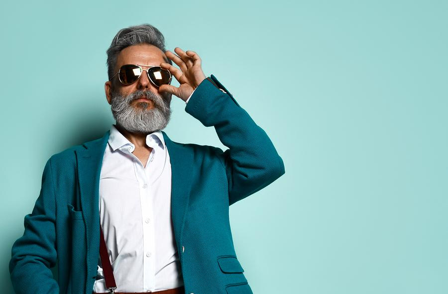 6 New Tips On How To Straighten Your Beard With This One Tool