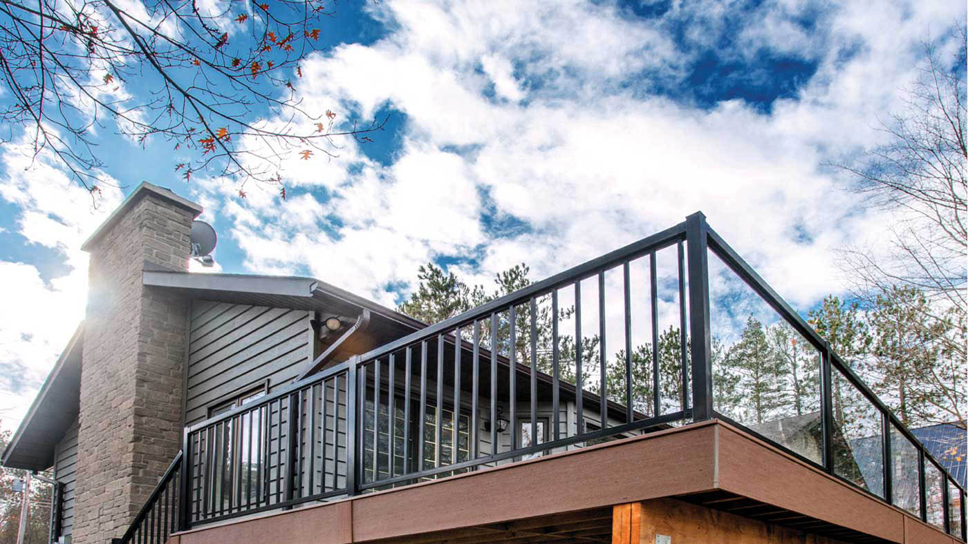 Why Choose an Aluminum Railing System by Regal Ideas