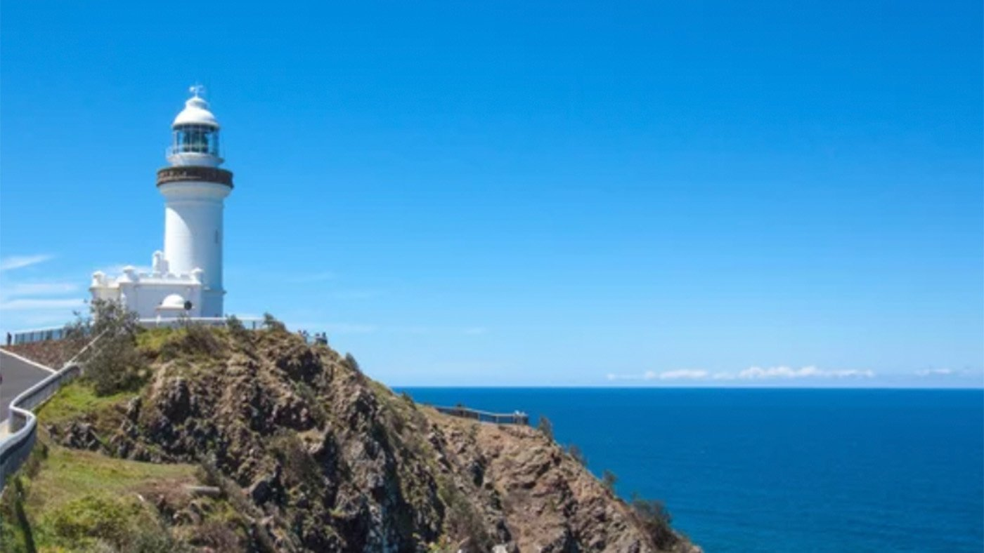 Byron Bay from Hippies to Hollywood Celebs. 11 Things to Do & See in Byron Bay.