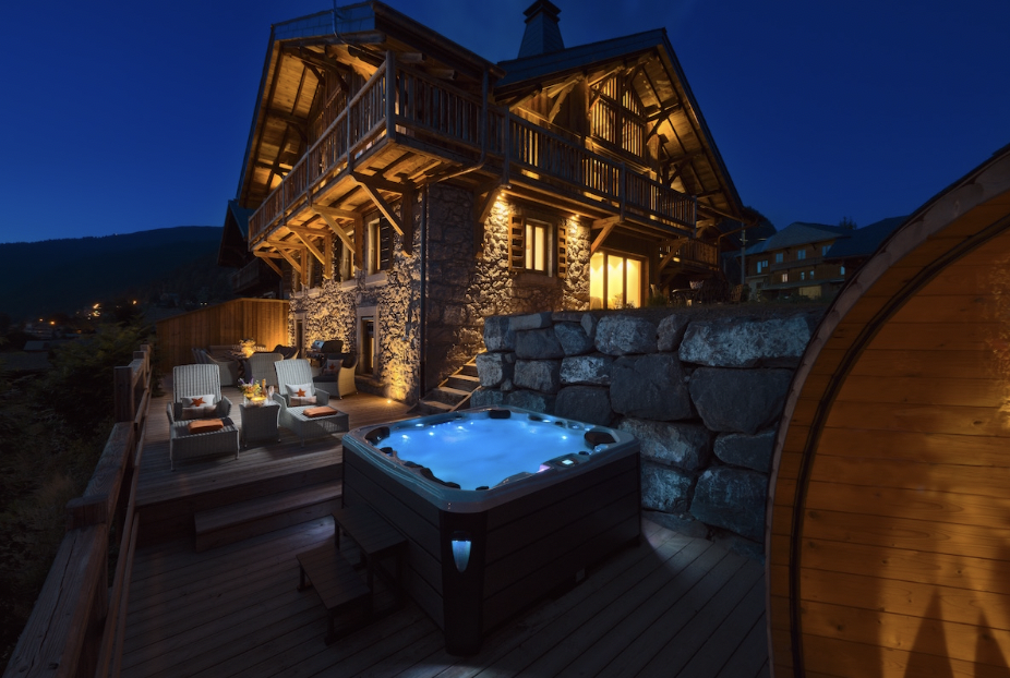 Blog takeover by The Chalet Edit, showcasing LUXURY CHALETS FOR 2019/2020