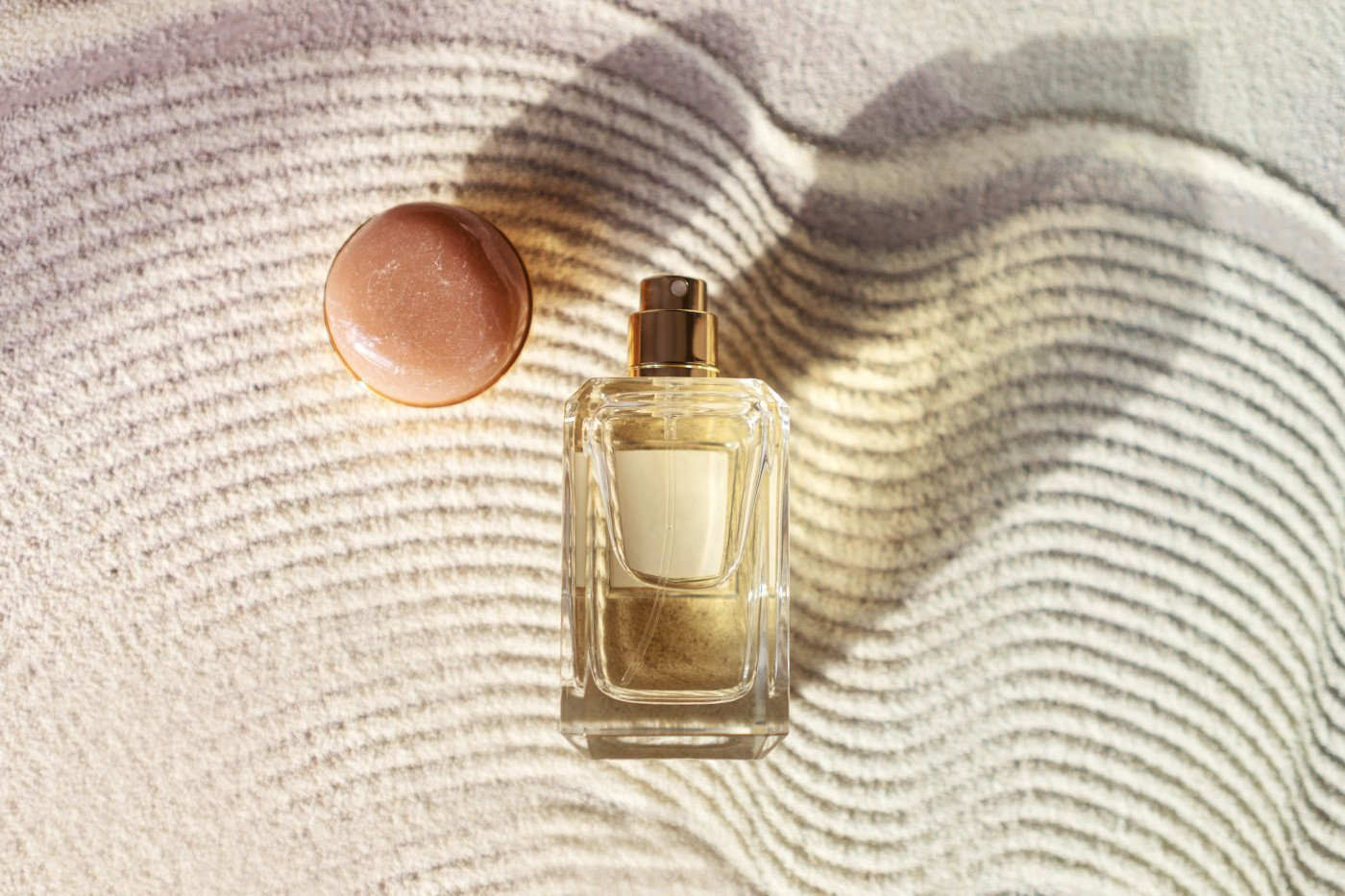 Solar Fragrances - Let the sun tender your skin