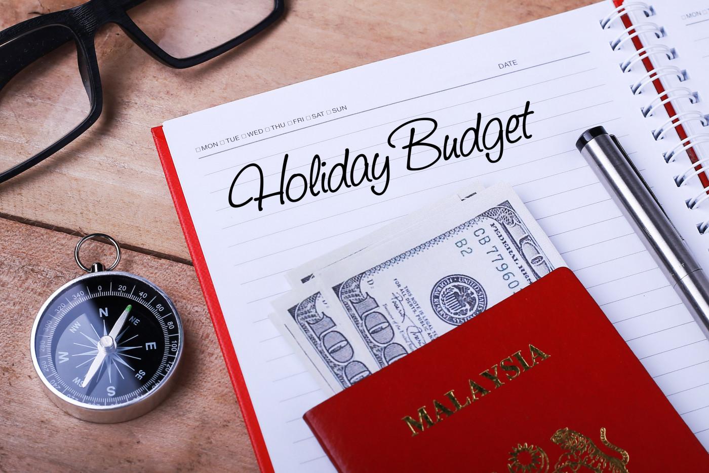 3 Ways to Prepare for a Financially Joyful Holiday Season