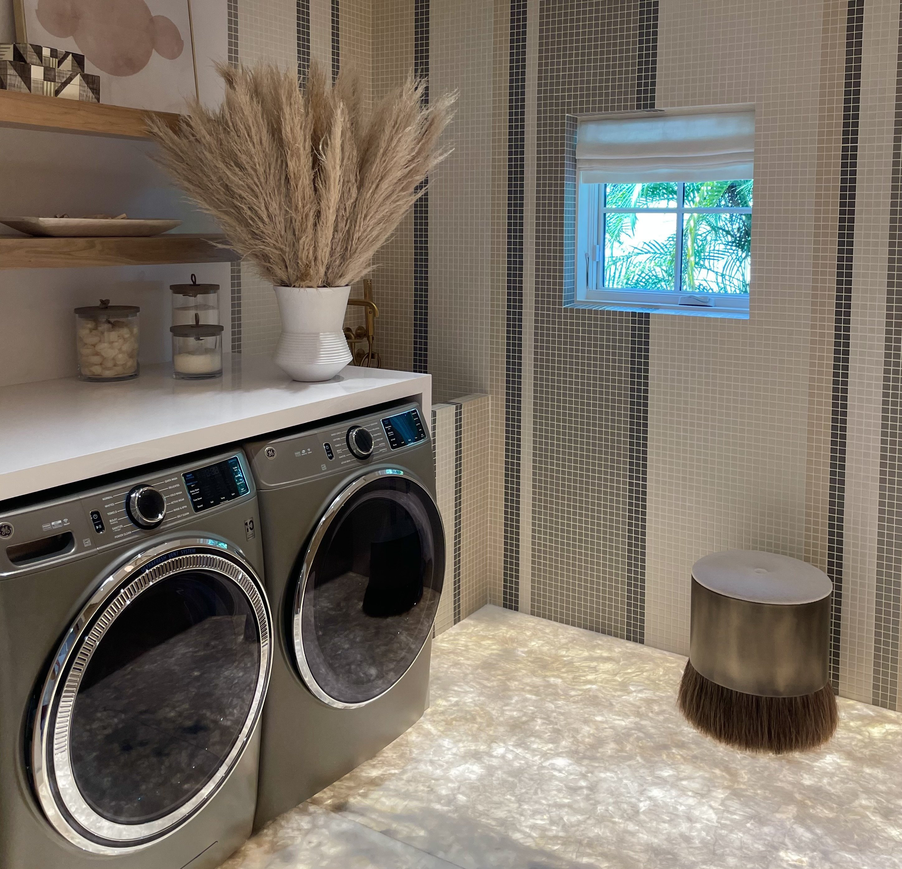Small Laundry Room Ideas: Make Your Laundry Room Your Favorite Room
